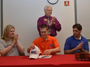 Macalester Scots Football Christian Adams