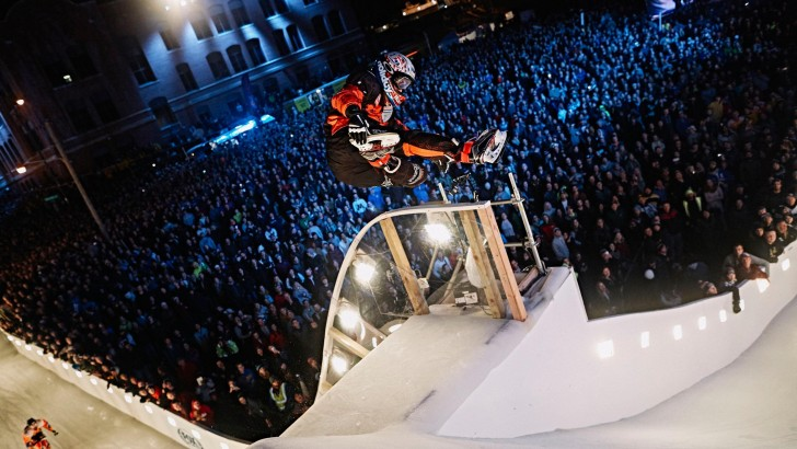 Cameron Naasz Wins in St. Paul to Claim Red Bull Crashed Ice Title