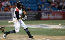Leo Vargas Hit Highlights 7-Run First in Wingnuts 9-4 Win