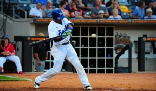 St. Paul Saints Burt Reynolds in Own Chase to Reach Major Leagues