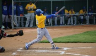 Canaries Fall in Spring Training Opener