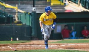Andrew Ely Slam Helps Lead Canaries Sweep, 10-4