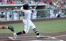 Railroaders Win Streak Ends in Sioux City, 5-3