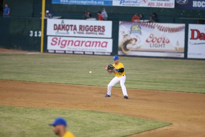 Canaries Battered by Saints, 14-3