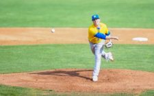 Canaries Rally in Ninth, But Fall in 13, 4-3