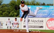 Six-Run Frame Too Much for RedHawks