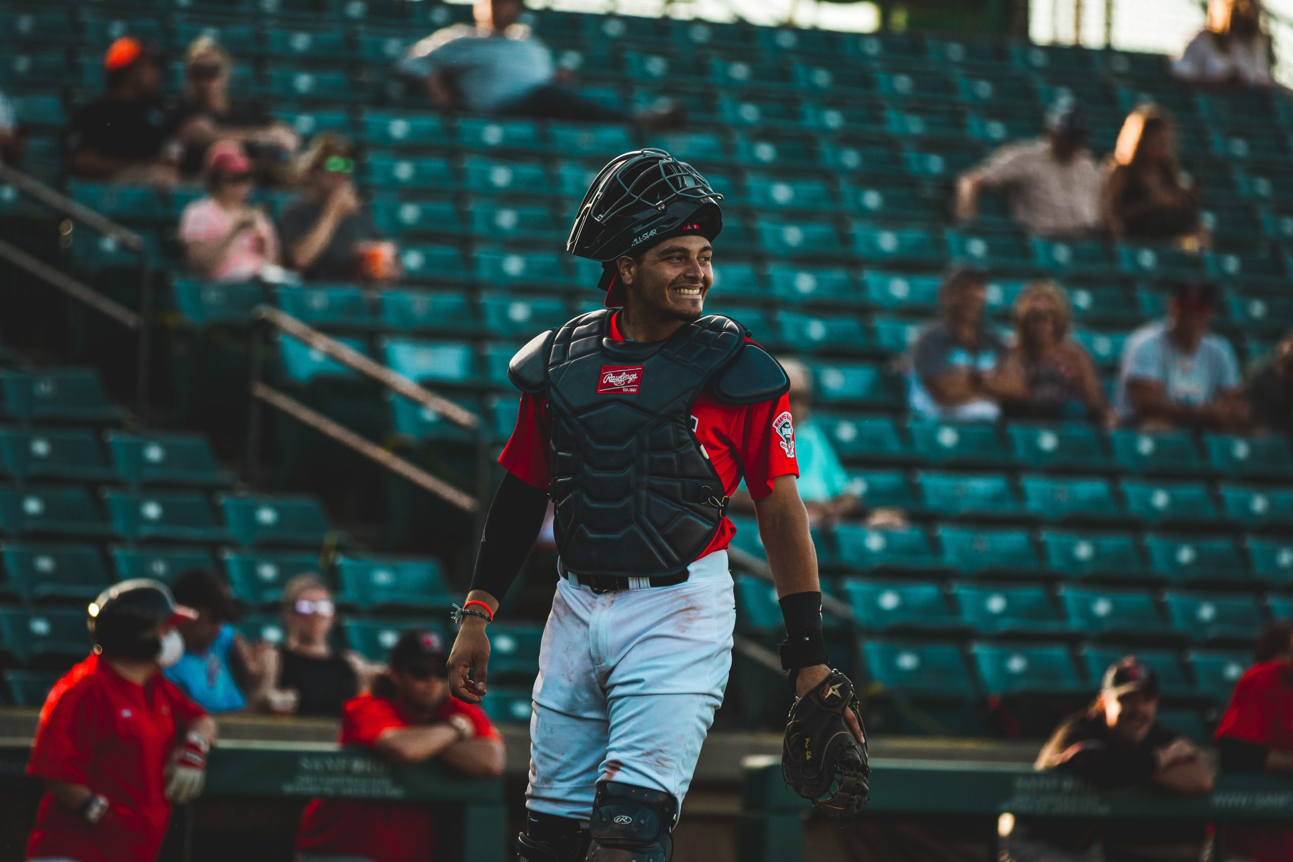 Canaries Acquire Roy Morales from Goldeyes