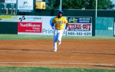 Canaries Rally to Down Dogs, Clinch Playoff Spot, 11-7