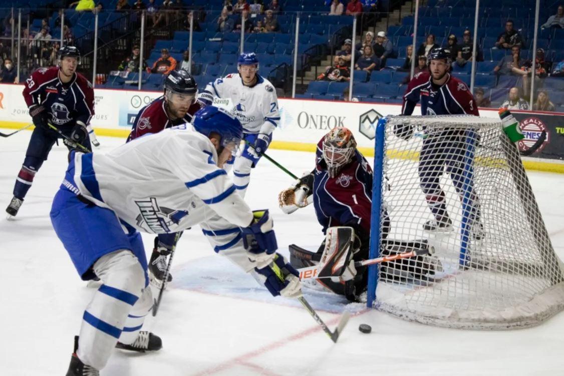 Leonard Late Goal Keeps Oilers Playoff Hopes Alive