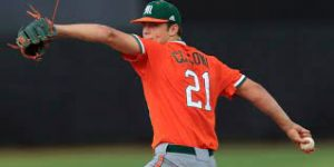 Cam Coursey: Slade Cecconi pitching