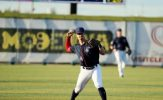 Canaries Rally in Ninth to Down Railroaders