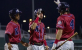 Taveras Sharp in Leading Monarchs to Victory